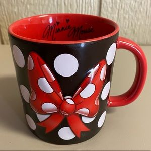 Minnie Mouse Polka Dot Bow Signature coffee cup